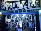Shop in Hollywood, pryse was snaaks genoeg goedkoop, goeie kwaliteit t-hemde vir ~$5-10