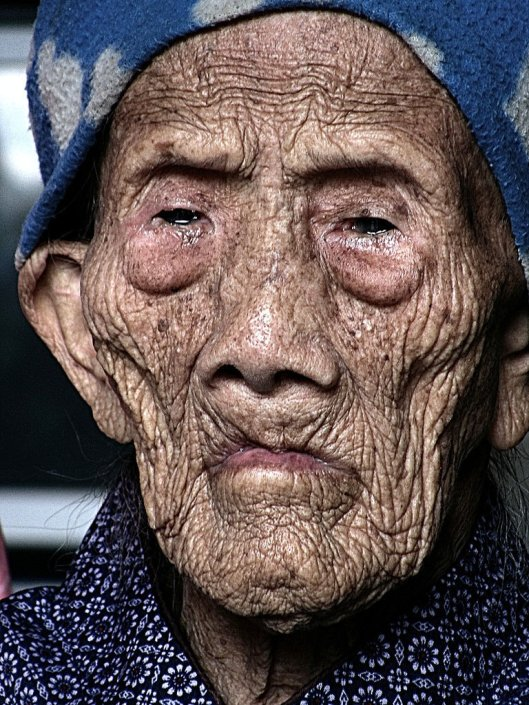 Luo Meizhen lives with her only son in Bama, in China's Guangxi province She claims to have been born on July 9, 1885